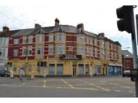 2 bedroom flat in Penarth Road, Grangetown, Cardiff, CF11