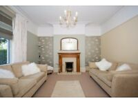 2 bedroom flat in Cairnfield Place, , Aberdeen, AB15 5ND