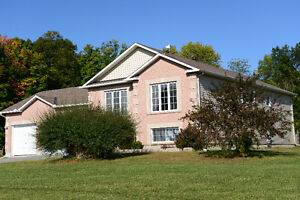 561 Carl Lee Ave, Almonte