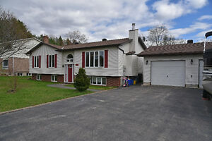 IDEAL SPACIOUS HOME ON CORNER LOT  ID# 1059165