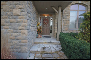 Stunning one of a kind home on an acre in Strathroy London Ontario image 2