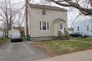 3 Bedroom Home in the heart of Halifax For Rent - Windsor Street
