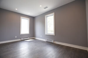 8 offices for rent St-Elzéar O. Vimont Laval immediate occupancy