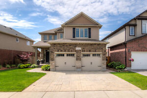 Exceptional 2-Storey home in family friendly Summerside Listed!