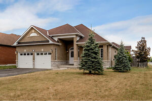Family Home with Designer Finishes - 1165 Mitchell Ct. Innisfil