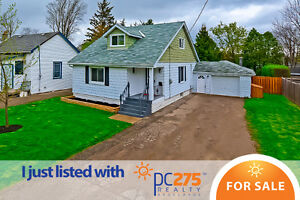 OPEN HOUSE SUNDAY MAY 7 11-1PM. THIS HOME WON'T LAST LONG!!