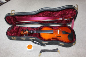 Excellent 1/4 Size Violin/Fiddle Outfit