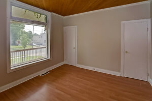Updated Duplex in South London London Ontario image 3