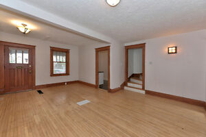 Large House For Rent * Central Location London Ontario image 3