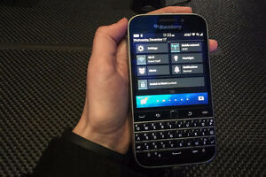 Great condition Blackberry Classic London Ontario image 1