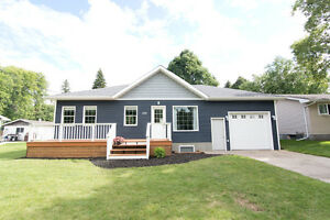170 2nd Avenue NW, Carman