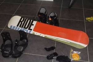 Snowboard, boots, bag and wrist guards Hamilton Brisbane North East Preview