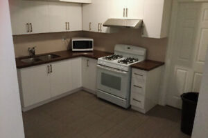 Ryerson. university 4 rooms big unit