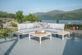 LUXURY 3 BEDROOM HOLIDAY LODGE FOR SALE ON THE BANKS OF THE FAMOUS LOCH LOMOND