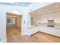 4 bedroom house in New End, Hampstead, NW3