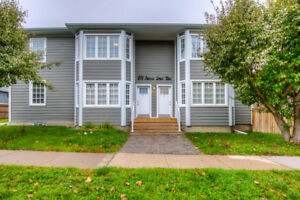 New 2 Bdrm 2 Bath Townhouse Style Apt: $2050/mnth in Whitby