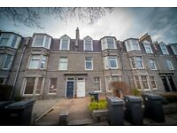 2 bedroom flat in Forest Avenue, West End, Aberdeen, AB15 4TL