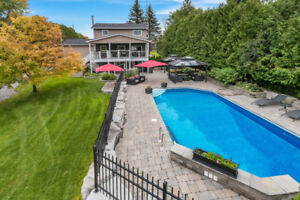 Gorgeous, Private Property with Inground Pool