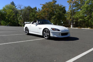 Looking for White 2006-2009 Honda S2000
