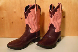 Old West Brand  Cowgirl / Cowboy boots
