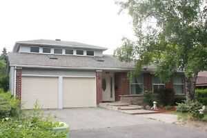 House with 5 bedrooms near Fairview Mall and Don Mills station