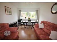 2 bedroom flat in Clark Place , Trinity, Edinburgh, EH5 3BQ