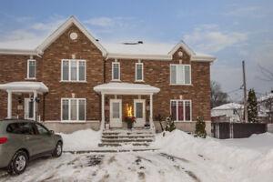 $264 900 - Maison à Vendre Delson