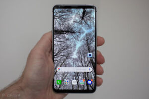 MINT CONDITION LG V30 FACTORY UNLOCKED FOR TRADE ONLY