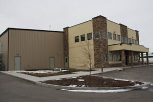 Canadian Steel Buildings- Clearance Prices