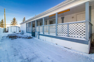 PRICE REDUCED $7500! Mobile on OWNED LOT!!!-Stettler