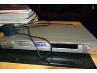Sony DPV-NS305