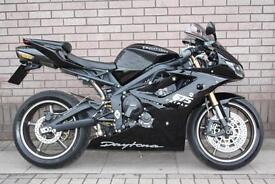 TRIUMPH DAYTONA 675 SPORTS BIKE