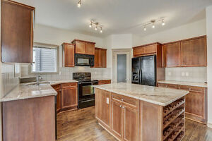 6 Bedroom Home in Evergreen - New flooring and Paint!