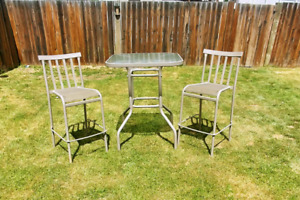 Outdoor counter height table and chairs