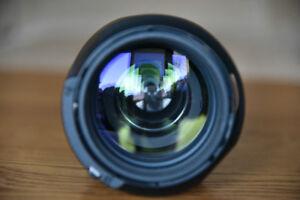 Nikon 70-200mm f2.8 AF-S VRI zoom lens