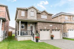 Gorgeously Upgraded Family Home on Quiet Court in Barrie