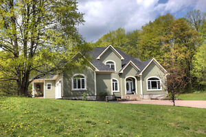SPECTACULAR CUSTOM HOME WITH IN-LAW SUITE, BANCROFT ONTARIO