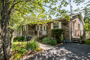 Great Home in Colby with a perfect yard - 18 Autumn Place