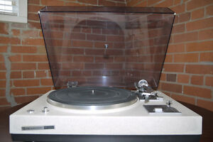 """Kenwood KD-2055 """"The Rock"""" Turntable Excellent Condition"""