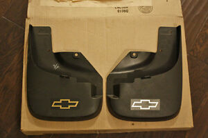 Chevrolet Colorado Mud Guards/Flaps (FRONT)