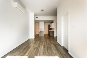 AMAZING LOCATION! BISHOP & ST-CATHERINE- BEAUTIFUL APARTMENT!