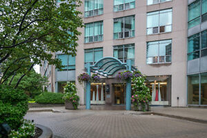 Beautiful Yorkville 1 Bedroom + Den Condo - Parking Included