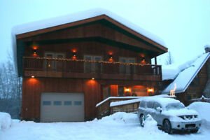 Stunning Swiss Chalet In Kimberley Excellent Skiing & Golf