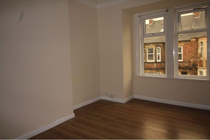 3 bed upper flat to rent in NE8