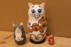 Cat nesting dolls set of 3