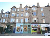 Excellent one double bedroom property in popular Comistion area in the South of Edinburgh.