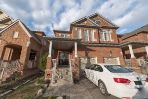 Beautiful 3Br, 3 Wr  House for lease ( Milton ON.)