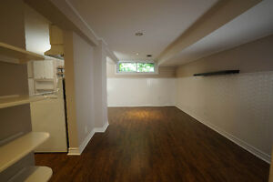 NEWLY RENOVATED 2 BEDROOM - NEWMARKET
