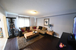 For Rent 3BR house in Newmarket
