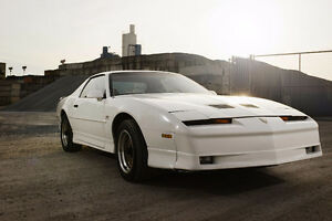 Pontiac Firebird Trans Am GTA 1988 Notchback 5.7L TPI **RARE**